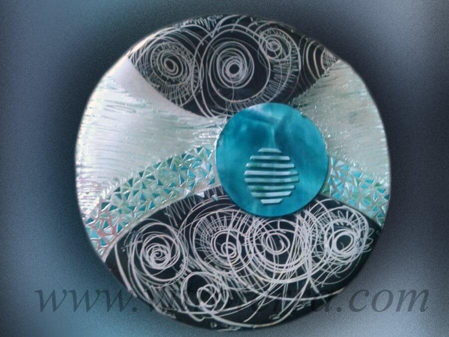 Centro circular de vidrio Kala